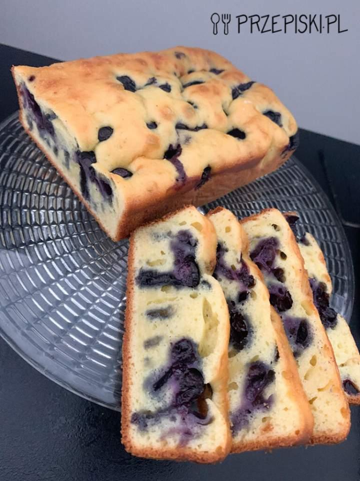 Błyskawiczne Ciasto z Borówkami