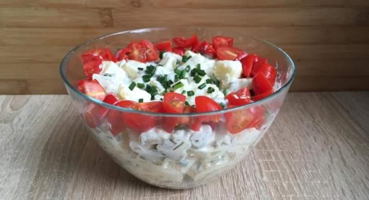 Smakowita sałatka grillowa