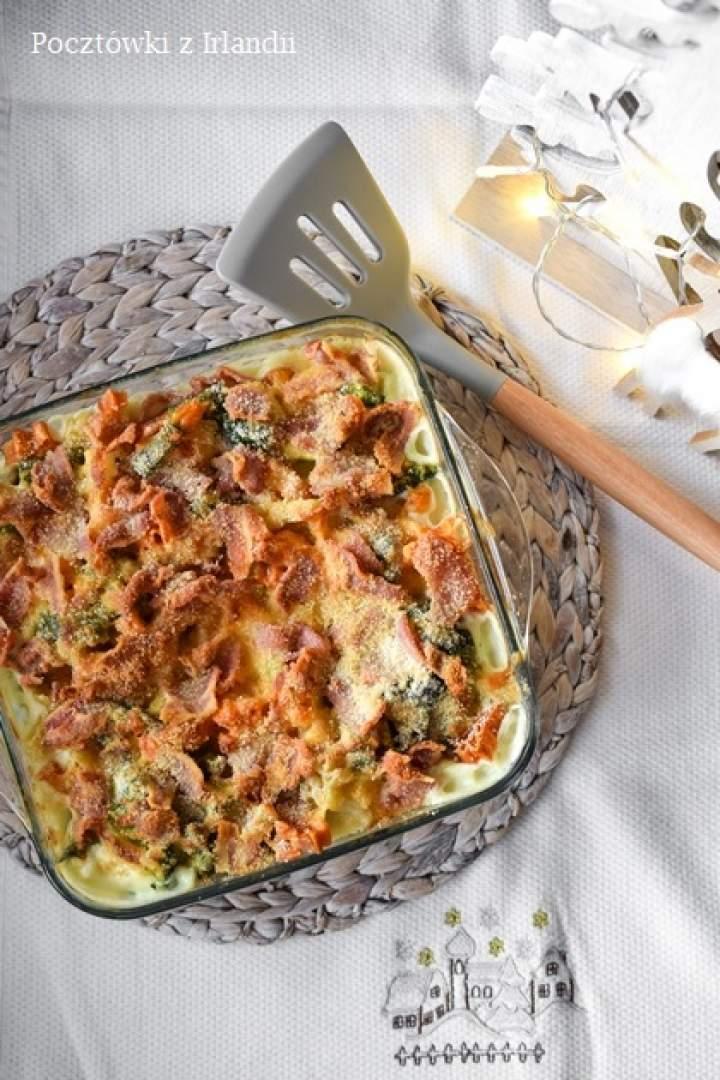 Mac'n'cheese z boczkiem i brokułami