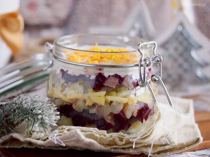 Sałatka śledziowa z buraczkami / Beetroot herring salad